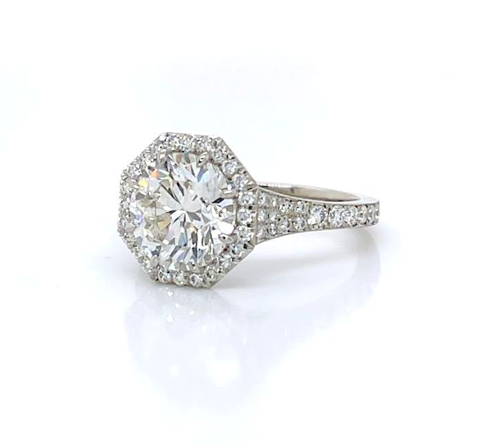 Diamond Engagement Ring with an Octagonal Halo and Tapered Band